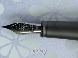 Diplomat Aero Fountain Pen Matt Black Medium Nib Zeppelin Style