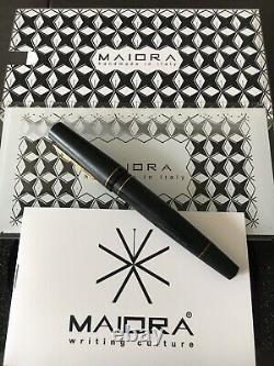 Maiora Impronte Matte Black Oversized Fountain Pen Edison Fine Nib