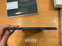 Microsoft Surface Pro 7 12.3 256GB SSD, Intel Core i7, keyboard, Microsoft Pen