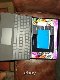 Mint cond. Microsoft Surface Pro X 256gb Verizon LTE withKeyboard & Pen