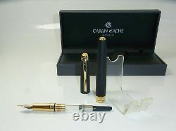 NEW CARAN D´ACHE LeMan Black Matte Fountain Pen 18ct Gold B nib CD4799.306