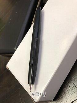 Namiki Vanishing Point Black Matte (Stealth) Fountain Pen Broad Nib