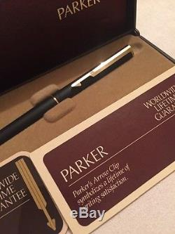 Parker Arrow Matte Black GT Fountain Pen-Medium Nib-USA 1982-BOXED
