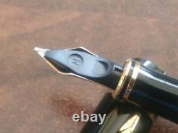 Parker Duofold Centennial Gt Black Fountain Pen 18k Nib Flat Top Mint