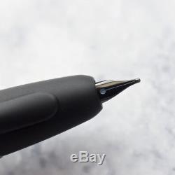 Pilot Namiki Vanishing Point Matte Black & Black Trim Fountain Pen 18k Gold Nib