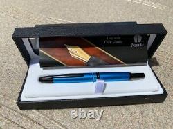Pilot Namiki Vanishing Point Matte Blue & Black Trim Fountain Pen 18k Med Nib