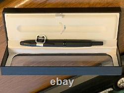 Pilot (Vanishing Point) Capless Matte Black 18K Gold Medium Nib Fountain Pen