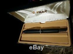 Pilot Vanishing Point Fountain Pen, Matte Black, 18k Fine Nib