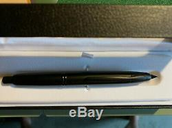 Pilot Vanishing Point Fountain Pen, Matte Black, 18k Medium Nib