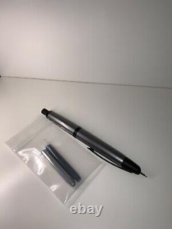 Pilot Vanishing Point Medium Nib (Gunmetal & Matte Black)