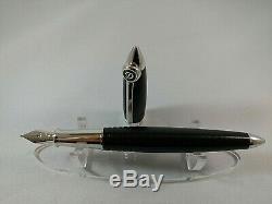 S. T. DUPONT STREAMLINE-R Fountain Pen Matt Black/Palladium Trim has 14K-585 M