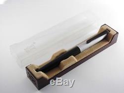 Vintage Montblanc Caressa Fountain Pen-Matt Black/ Brushed Steel-Germany 1970s