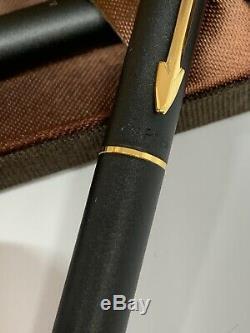 Vintage Parker ballpoint Pen and Pencil. 5 Classic matte Black set in gold trim
