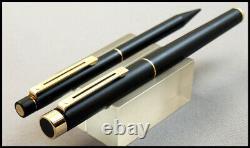Vintage Sheaffer Targa 1003 Matt Black Lacquer 18 K Medium Nib With Pencil