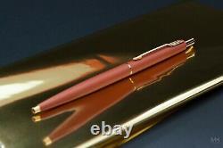 Women's beauty Parker Lady Classic Matte Coral vintage pen